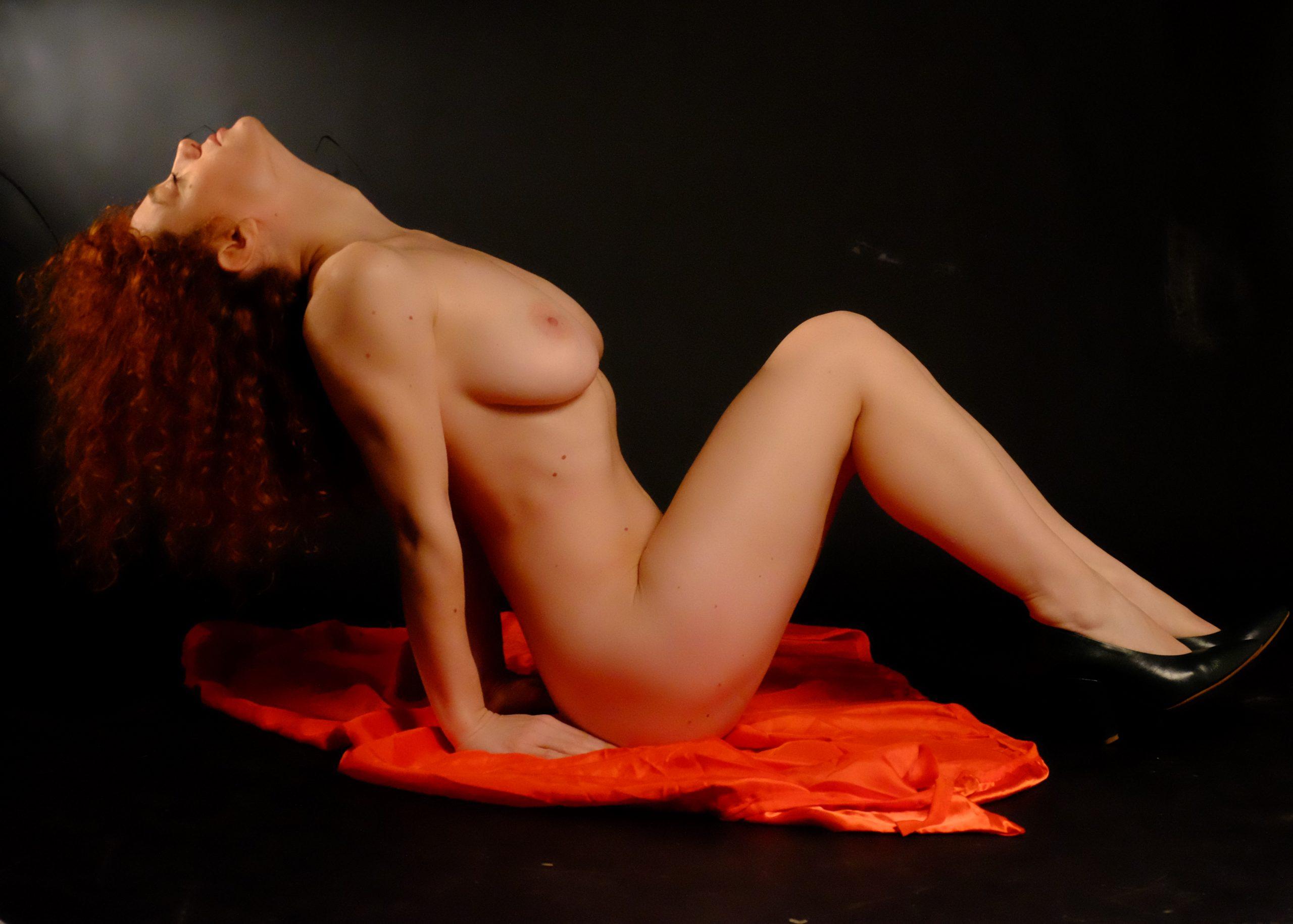 carmela lippolis nude