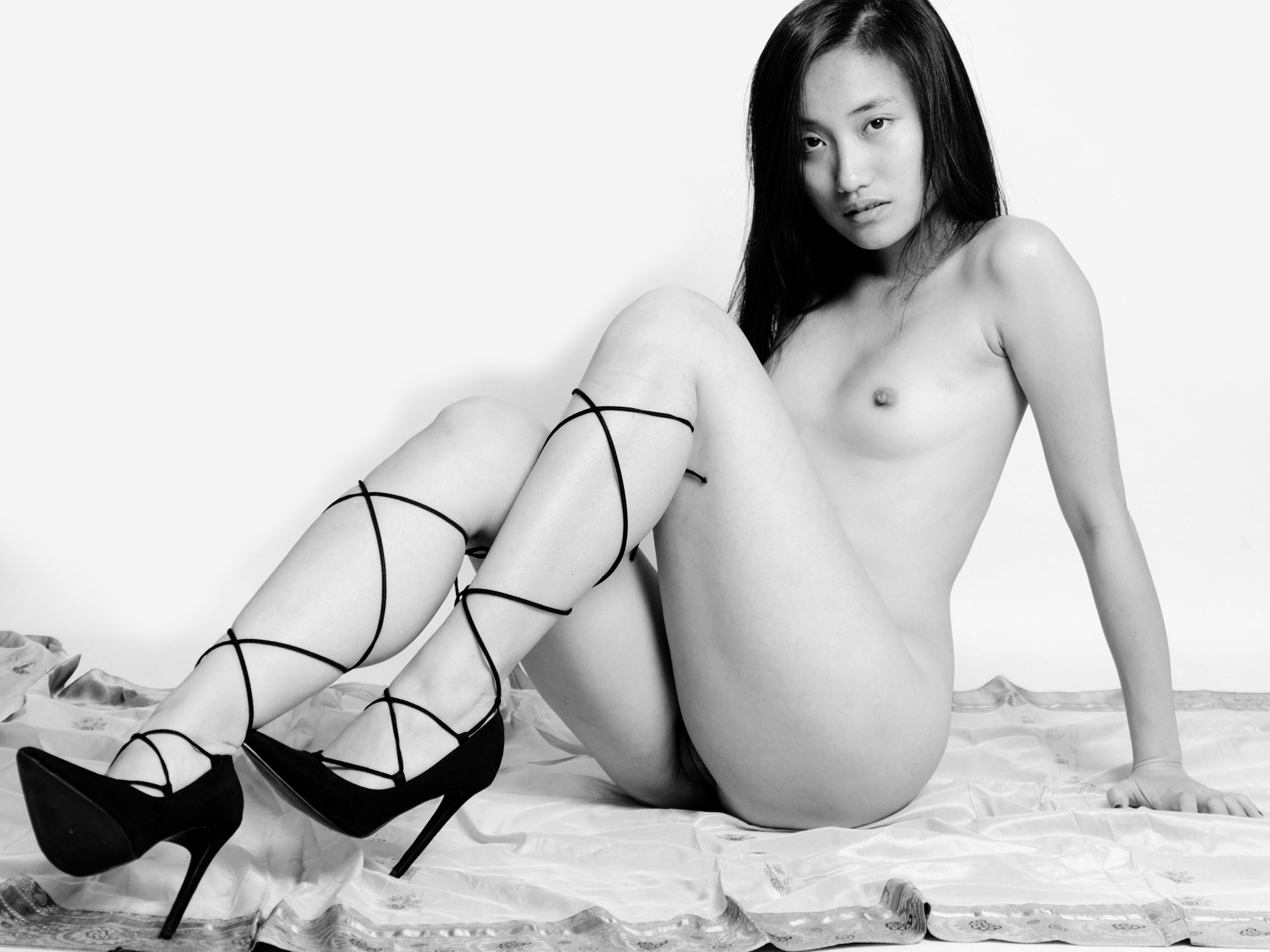 oriental nude girl