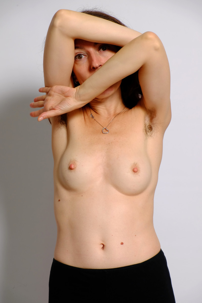 female hairy armpits
